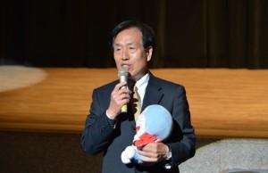 志木小学校で教えた八巻公紀先生