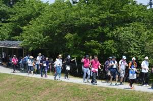 香川武文志木市長や尾崎健市教育長も5キロコースに参加