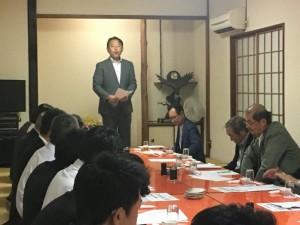 選挙戦で日焼けした香川市長