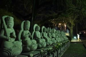 宝幢寺の十三仏も静かに年明けを見守る